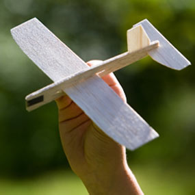 slide14_balsa_wood_model_airplane